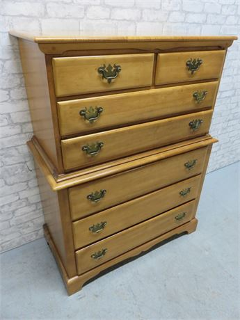 DIXIE Highboy Maple Chest
