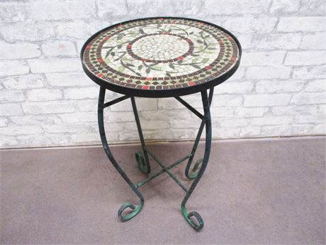 SMALL MOSAIC AND WROUGHT IRON TABLE