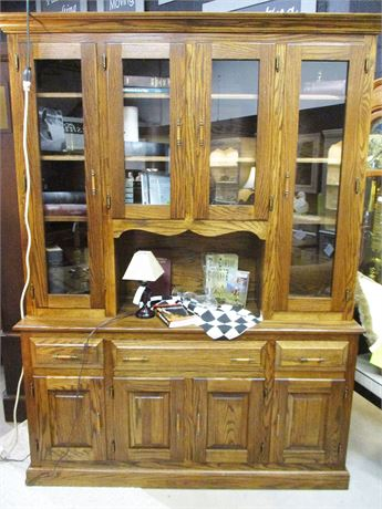 VERY NICE OAK HUTCH