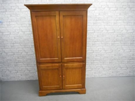 HOOKER FURNITURE TV HUTCH/ARMOIRE