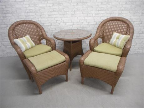 NICE 5 PIECE SYNTHETIC WICKER PATIO FURNITURE SET