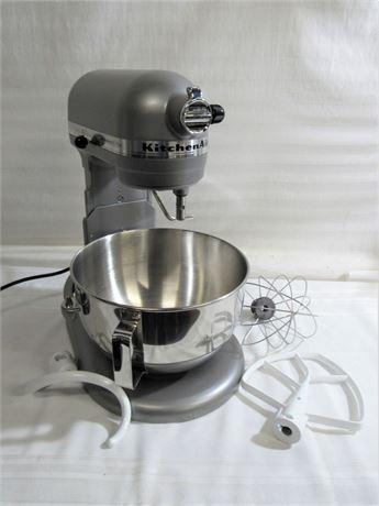 Kitchen-Aid Professional 5 Plus Mixer