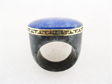 LAPIS, BLACK JADE, AND 14K YELLOW GOLD RING