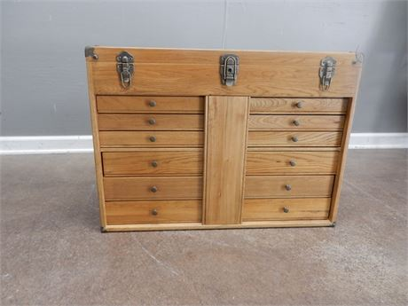 Vintage Oak Machinists Tool Chest with Twelve Green Felt Drawers
