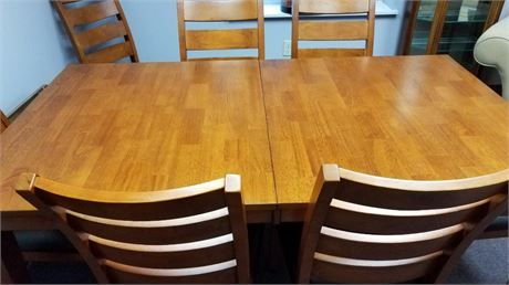 DINING ROOM TABLE AND 8 CHAIRS W/VINYL SEATS W/1 LEAF