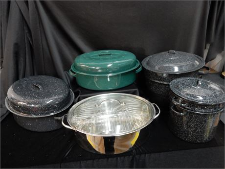 Roasters and Steamers with Lids