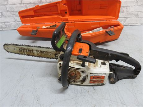 STIHL 011AV Gas Powered Chain Saw