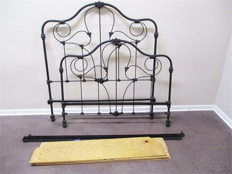 VINTAGE WROUGHT IRON FULL BED (WITH RAILS AND SLATS)