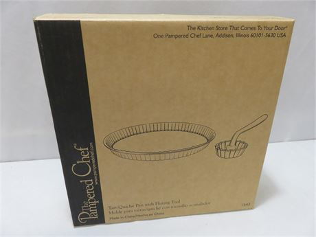 PAMPERED CHEF #1543 Tart/Quiche Pan with Fluting Tool
