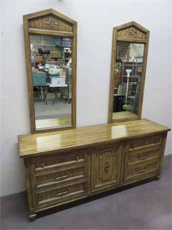 AMERICAN OF MARTINSVILLE Triple Dresser & Double Mirror
