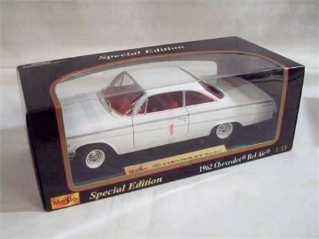 1:18 SCALE MAISTO SPECIAL EDITION DIECAST - 1962 CHEVY BEL AIR - NIB