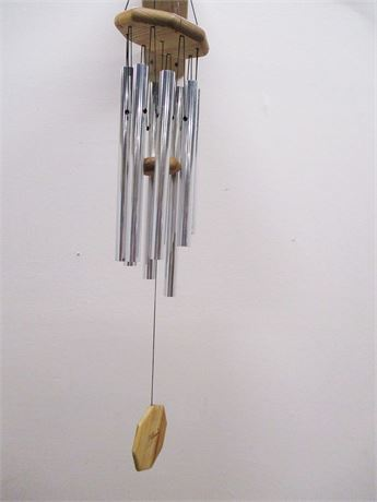 J.W. STANNARD FOR THE NATURE COMPANY HAND-TUNED WIND CHIMES