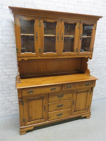 YOUNG REPUBLIC 2-Piece Maple Hutch