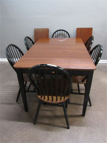Dining Table with 6 Windsor Style Chairs and 2 Leaves