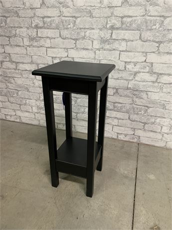 Traditional Plant Stand