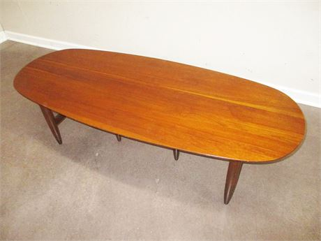 "MID-CENTURY SURFBOARD COFFEE TABLE BY WILLETT ""TRANSITIONAL"""