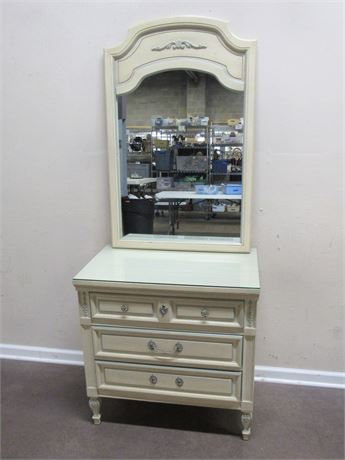 SMALL DIXIE FURNITURE 3 DRAWER CHEST WITH MIRROR