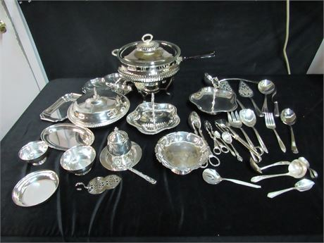 33 Piece Serving Ware/Utensil Lot - Mostly Silver-Plate