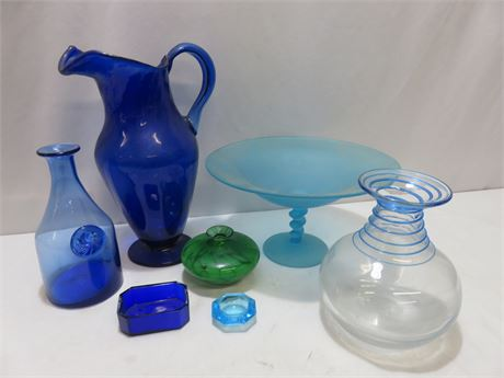 7-Piece Decorative Glassware Lot