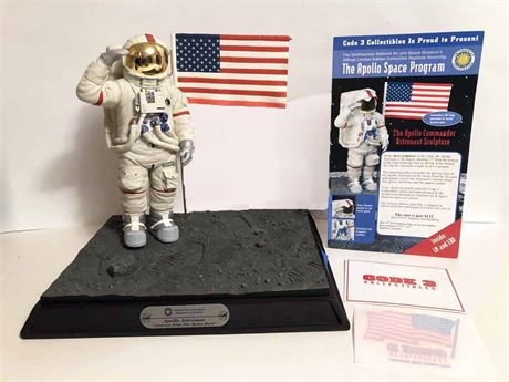 National Air & Space Apollo Commander Astronaut Display