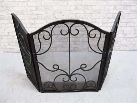 BEAUTIFUL WROUGHT IRON FIREPLACE SCREEN