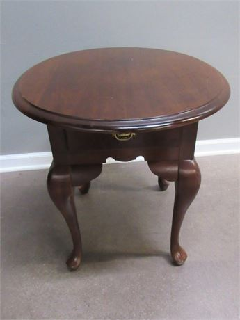END TABLE WITH CABRIOLE LEGS