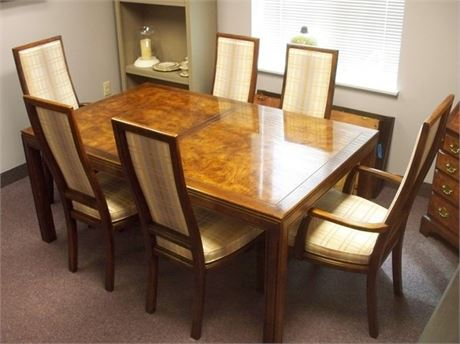 OAK DINING TABLE WITH 6 CHAIRS AND 2 LEAVES