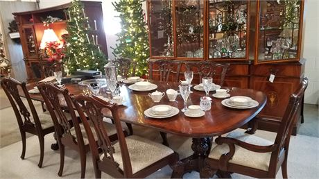 DREXEL TABLE, 8 CHAIRS, 2 LEAVES,PADS