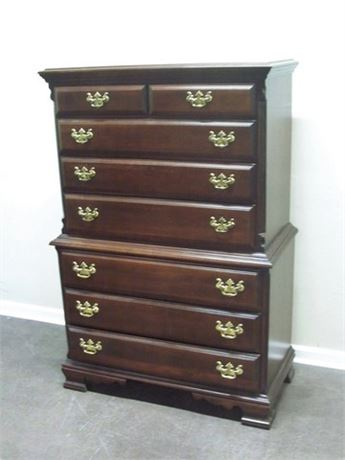 SUMTER CABINET CO. CHIPPENDALE STYLE CHEST OF DRAWERS