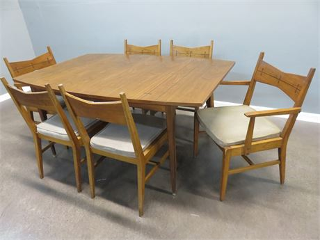 LANE Tuxedo Mid-Century Dining Table Set
