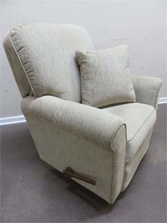 LA-Z-BOY Rocker/Recliner Chair