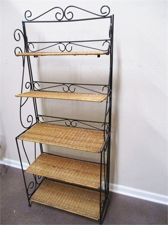 WICKER AND WROUGHT IRON FOLDING BAKER'S RACK