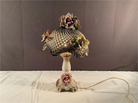 Vintage CAPODIMONTE Table Lamp