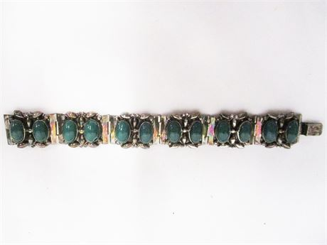 STERLING SILVER BRACELET WITH GREEN STONES