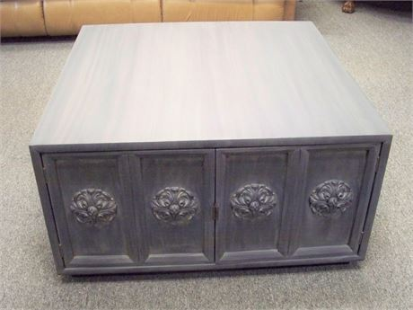 NICE REFINISHED VINTAGE COFFEE TABLE