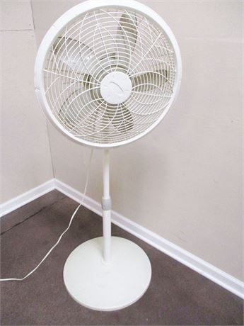 OSCILLATING STAND FAN