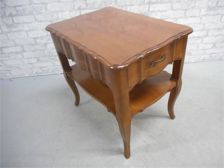 NICE SCALLOPED END TABLE
