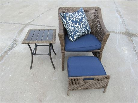 SYNTHETIC WICKER OUTDOOR/PATIO SIDE CHAIR WITH FOOT STOOL AND SIDE TABLE