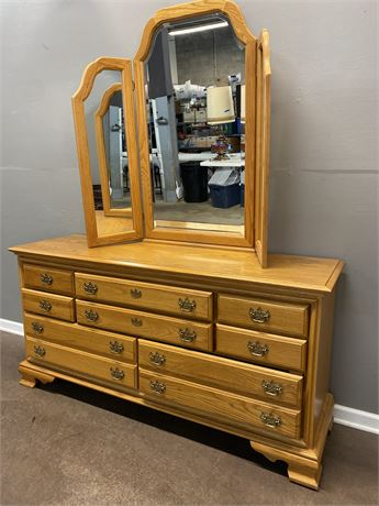 Leviton Oak Dresser with Mirror