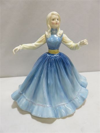 1981 ROYAL DOULTON HN2392 Jennifer Figurine