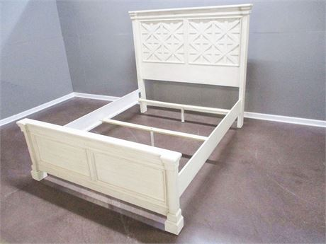 ASHLEY FURNITURE QUEEN BED FRAME