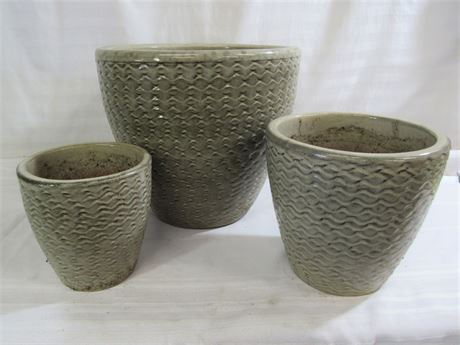 3 MATCHING DECORATIVE CLAY PLANTERS