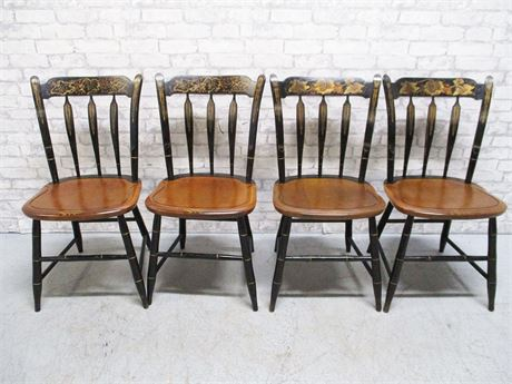 LOT OF 4 HITCHCOCK CHAIRS