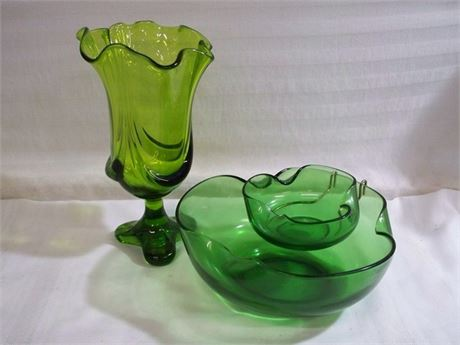 2 PIECE VINTAGE MID CENTURY GREEN GLASS LOT INCLUDING VIKING GLASS