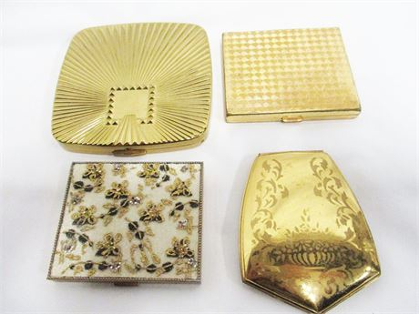 LOT OF VINTAGE COMPACTS FEATURING MAX FACTOR