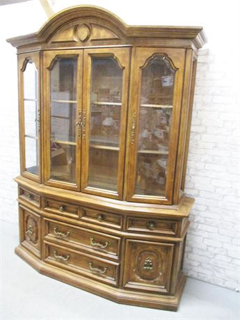 LARGE 2-PIECE HUTCH WITH GLASS SHELVES