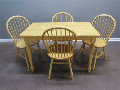 Dining Table with 4 Windsor Style Chairs.
