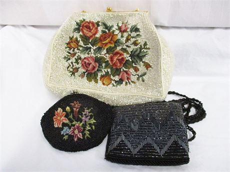 LOT OF BEADED BAGS