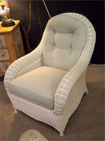 NICE WHITE WICKER CHAIR WITH GREY AND WHITE STRIPPED CUSHIONS