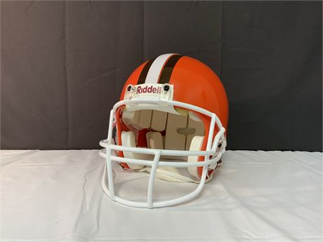 Authentic RIDDELL Cleveland Browns Football Helmet